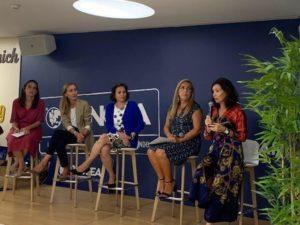 Mesa Redonda Sobre el Liderazgo Femenino