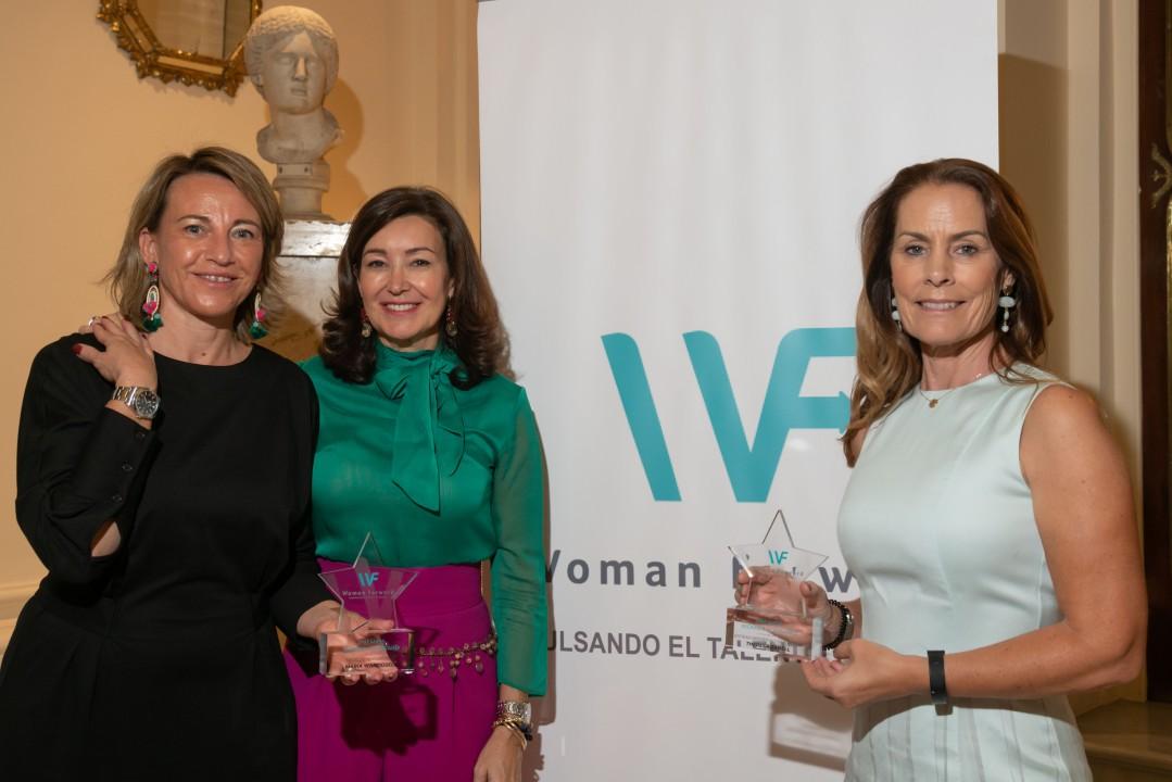 premios woman forward